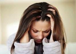 Buikpijn rugpijn misselijk moe hoofdpijn